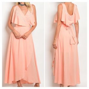 Gorgeous Peach Sleeveless maxi dress with v neck
